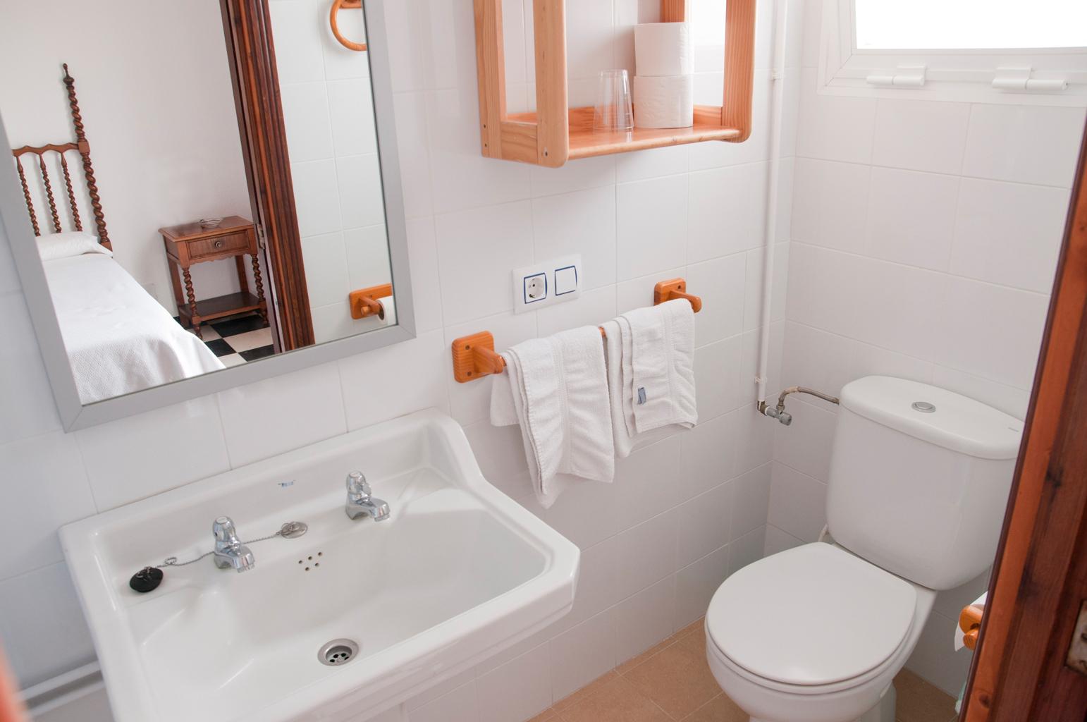 Hostal Cas bombu habitación doble baño